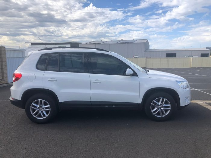 2010 Volkswagen Tiguan 125TSI 5N MY10 Four Wheel Drive White