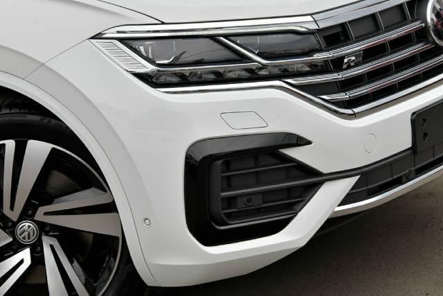2020 Volkswagen Touareg 210TDI R-Line CR MY21 Four Wheel Drive PURE WHITE