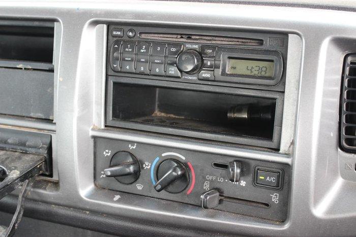 2010 HINO FM 2630 WHITE