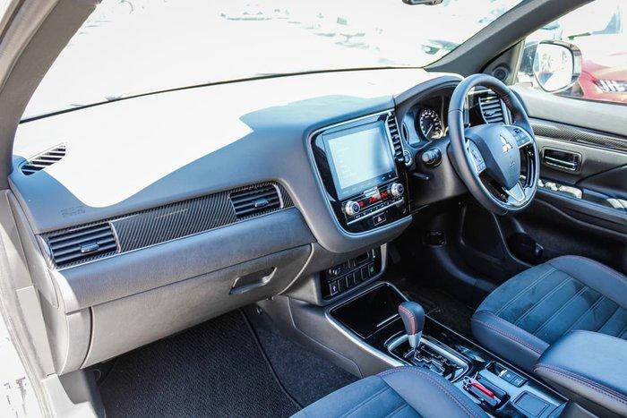 2020 Mitsubishi Outlander Black Edition ZL MY21 White