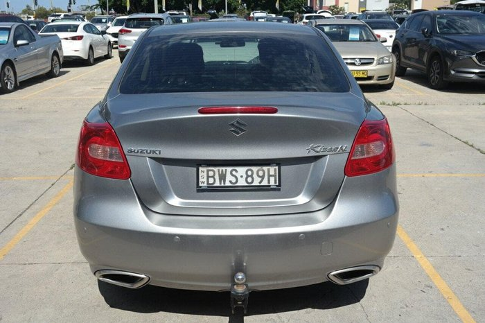 2010 Suzuki Kizashi XL FR Silver