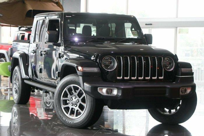 2020 Jeep Gladiator Overland JT MY20 Black