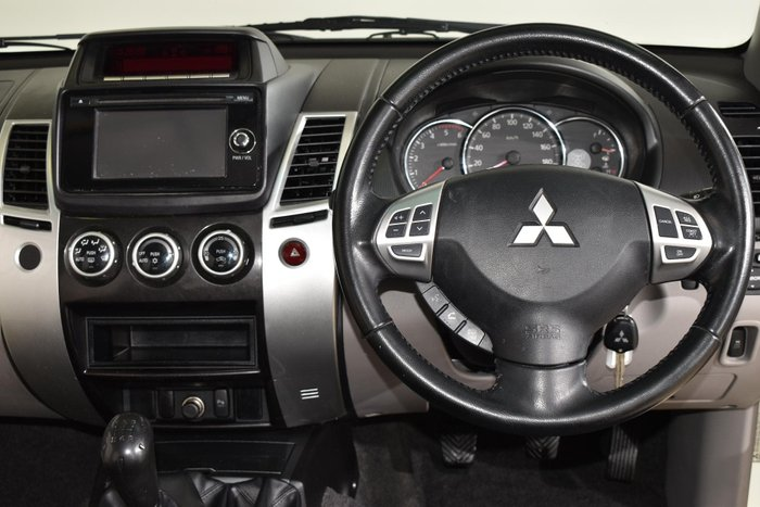 2014 Mitsubishi Challenger PC MY14 4X4 Dual Range White