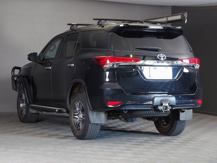 2017 Toyota Fortuner GXL GUN156R 4X4 Dual Range Black