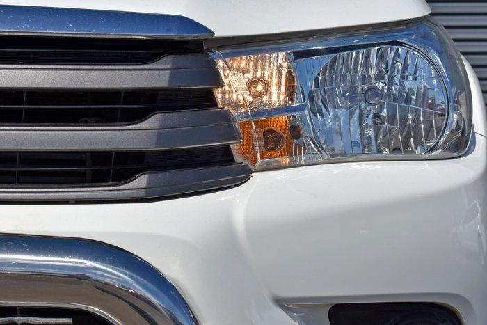 2016 Toyota Hilux SR GUN123R Glacier White