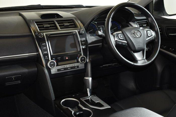 2016 Toyota Camry Atara SL ASV50R Crystal Pearl