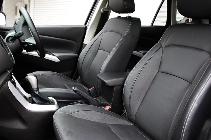 2019 Suzuki S-Cross Turbo Prestige JY White