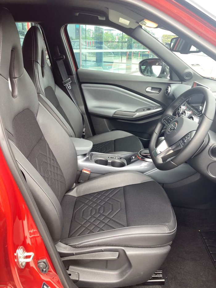 2020 Nissan JUKE ST-L F16 Red