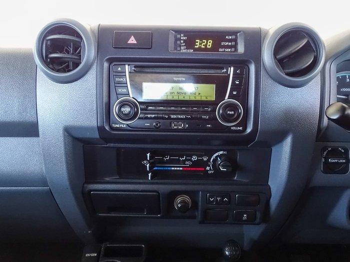 2017 Toyota Landcruiser GXL VDJ79R 4X4 Dual Range Silver