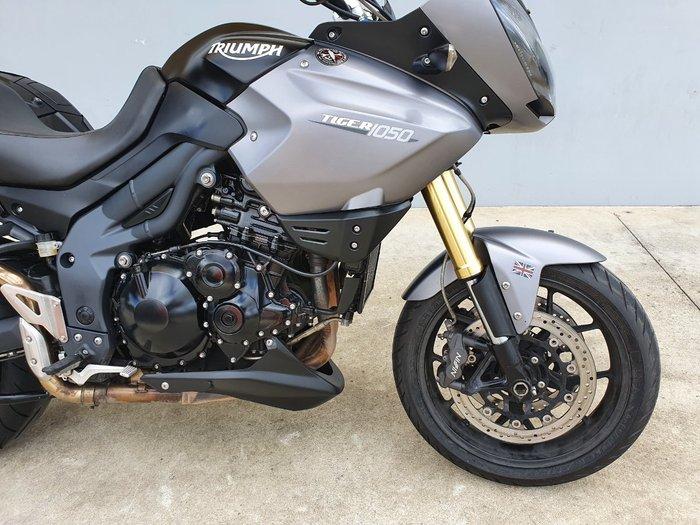 2012 Triumph TIGER 1050 Grey