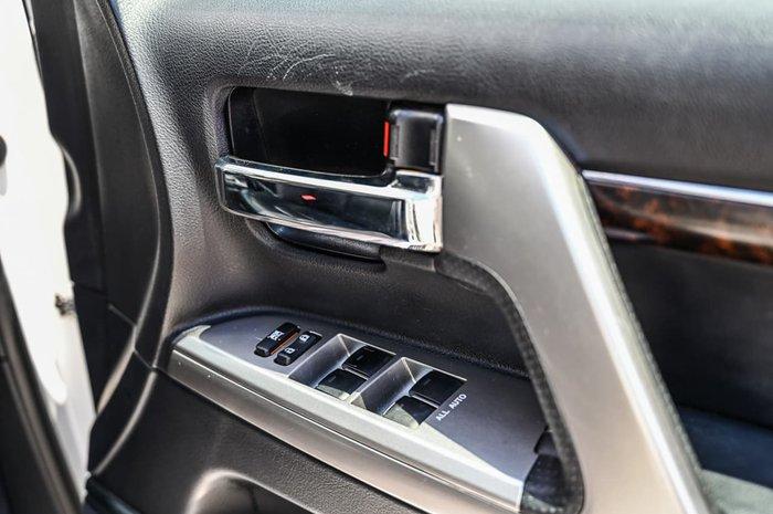 2014 Toyota Landcruiser VX VDJ200R MY13 4X4 Dual Range White
