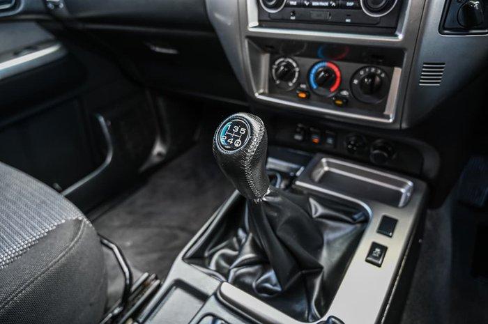 2013 Nissan Patrol ST Y61 4X4 Dual Range White