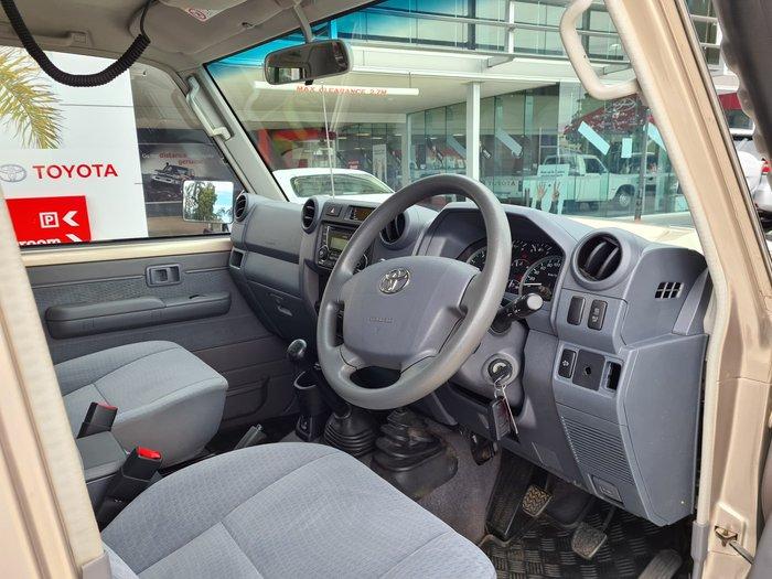 2017 Toyota Landcruiser GXL VDJ79R 4X4 Dual Range Vintage Gold