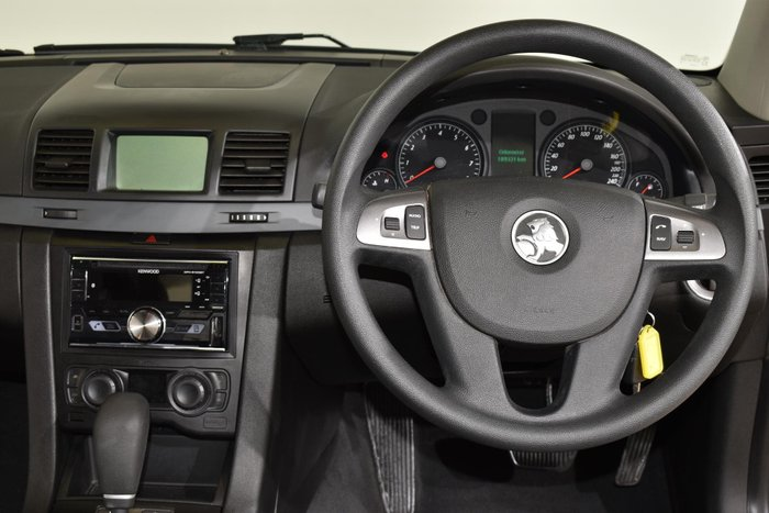 2007 Holden Commodore Lumina VE Gold