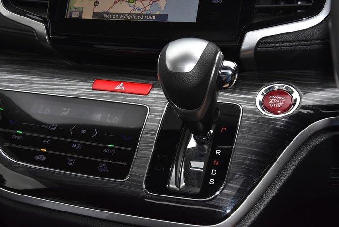 2015 Honda Odyssey VTi-L 5th Gen MY15 White