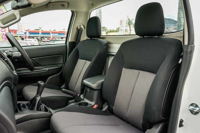 2020 Mitsubishi Triton GLX MR MY21 White