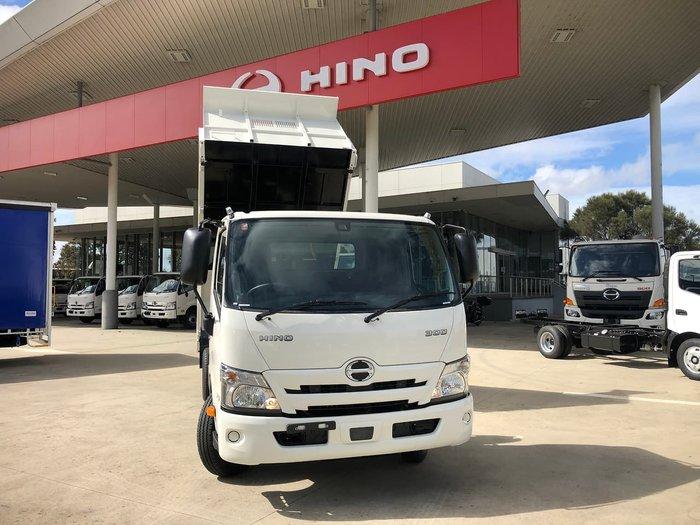 2021 HINO 300 SERIES 717 White