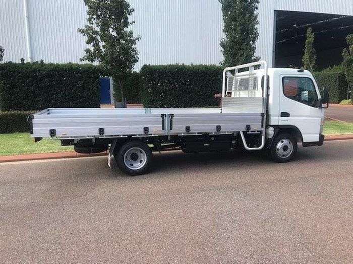 2021 FUSO CANTER 515 WIDE