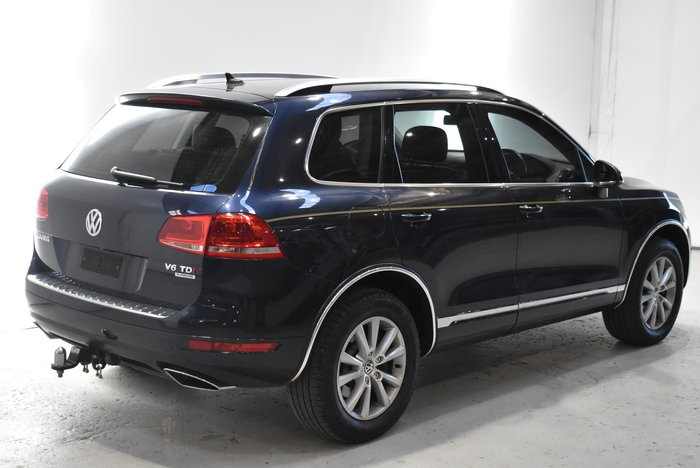 2013 Volkswagen Touareg V6 TDI 7P MY13 Four Wheel Drive Night Blue