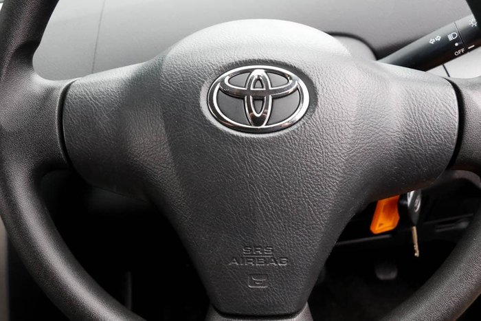 2013 Toyota Yaris YRS NCP93R Glacier White