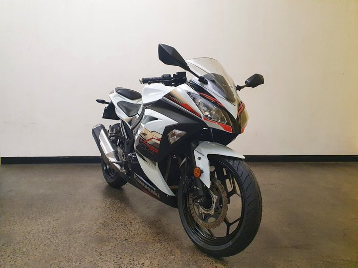 2014 Kawasaki NINJA 300 ABS White