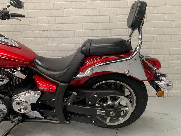 2009 Yamaha XVS950A Red