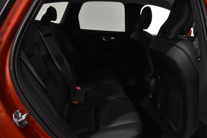 2020 Volvo XC60 T5 Momentum MY20 Four Wheel Drive Fusion Red