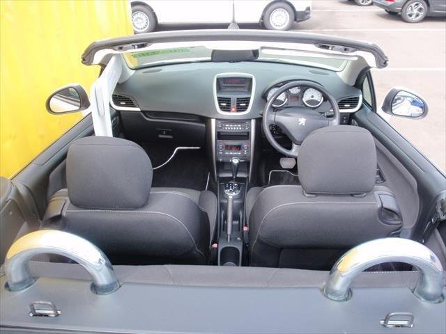 2010 Peugeot 207 CC A7 Series II MY10 White