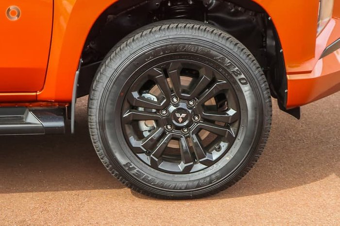 2020 Mitsubishi Triton GSR MR MY21 4X4 Dual Range Sunflare Orange with Black Roof