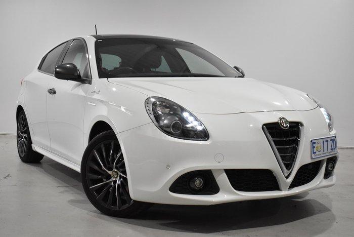 2015 Alfa Romeo Giulietta Distinctive Series 1 White