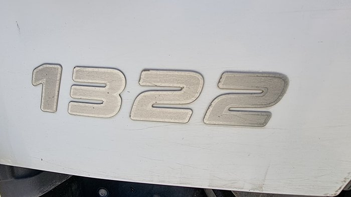 2010 HINO 500 SERIES WHITE