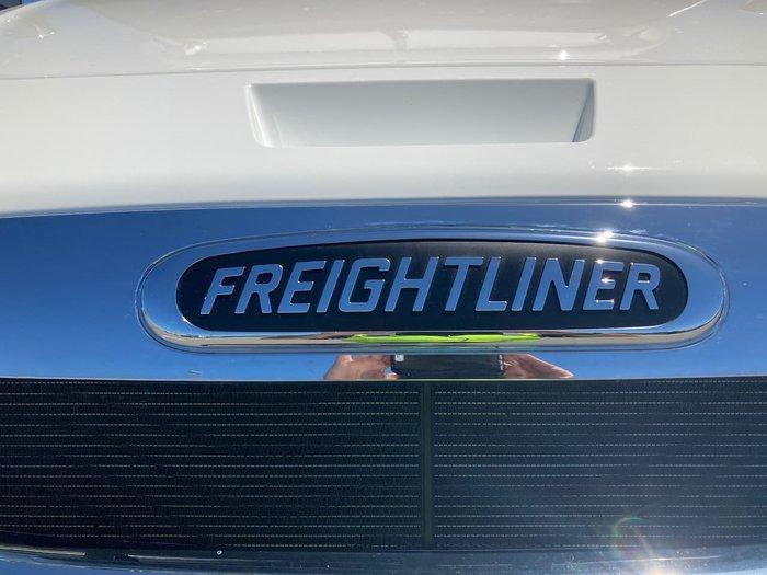 2021 FREIGHTLINER CASCADIA 126