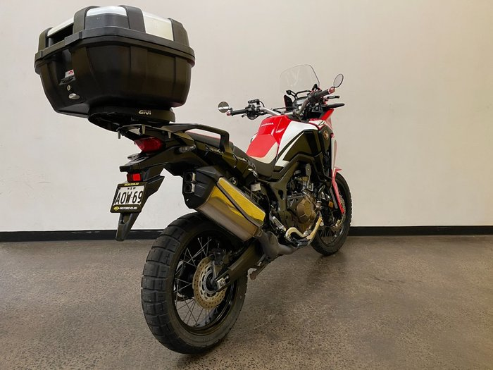2016 Honda CRF1000L AFRICA TWIN Red