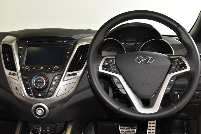 2015 Hyundai Veloster + FS4 Series II Phantom Black
