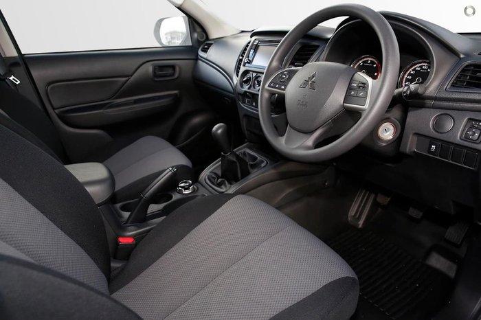2020 Mitsubishi Triton GLX MR MY21 4X4 Dual Range White