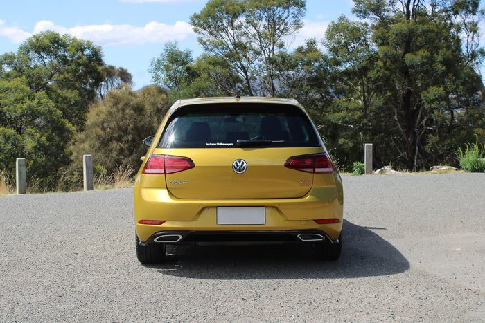 2017 Volkswagen Golf 110TSI Highline 7.5 MY17 Gold
