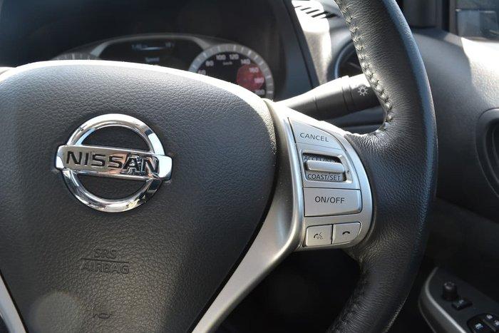 2019 Nissan Navara ST-X D23 Series 3 4X4 Dual Range Blue