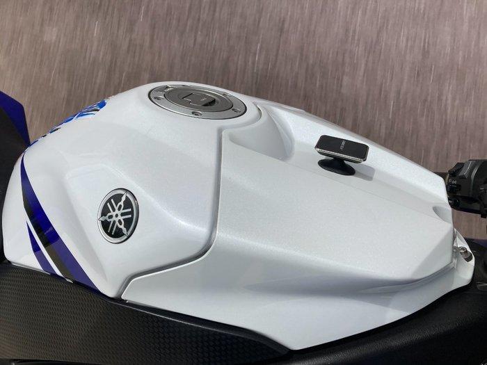 2014 Yamaha YZF-R1 White