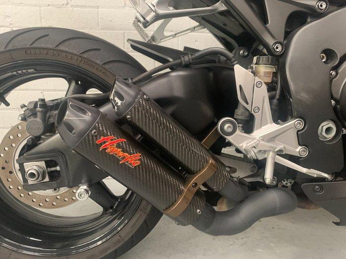 2010 Honda CBR1000RR (FIREBLADE)