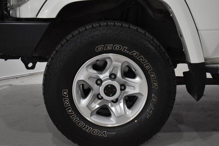 2017 Toyota Landcruiser GXL VDJ76R 4X4 Dual Range French Vanilla