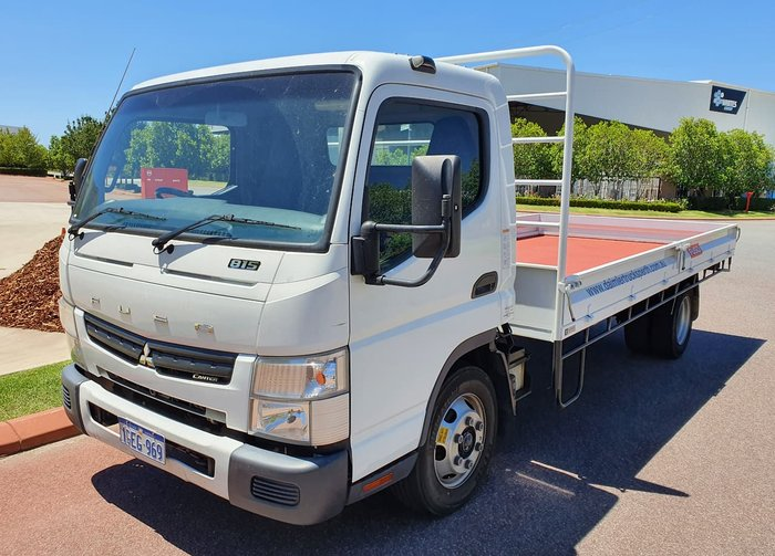 2016 FUSO 815 CANTER WHITE