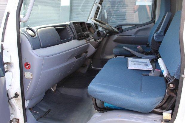 2013 Mitsubishi Canter 615 JETTING UNIT White