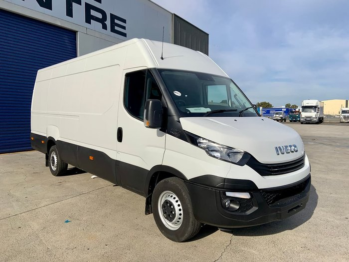 2020 IVECO DAILY 35S17 White