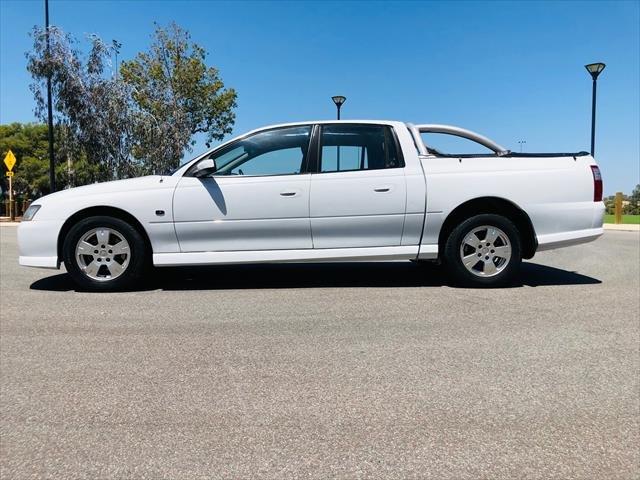 2007 HOLDEN Crewman S VZ MY06 S Utility Dual Cab 4dr Auto 4sp 1051kg 3.6i White