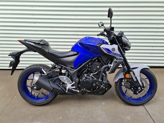 2021 Yamaha MT-03 ABS 321 (MT03LA) MT Storm Fluo; Icon Blue or Tech Black