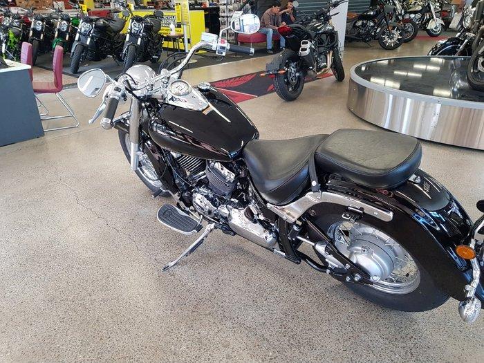 2018 Yamaha XVS650 V-STAR CUSTOM Black