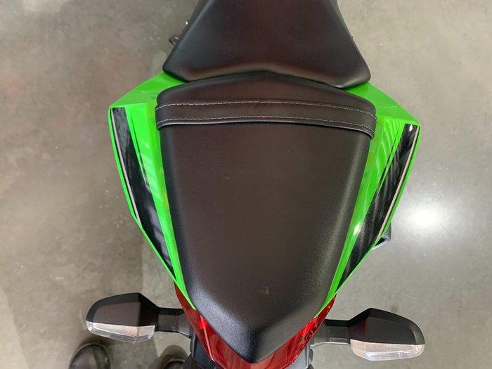 2017 Kawasaki NINJA 300 SE (ABS) KRT REPLICA Green