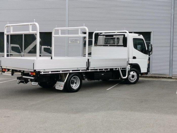 2021 FUSO CANTER 515 MANUAL - TRAY White