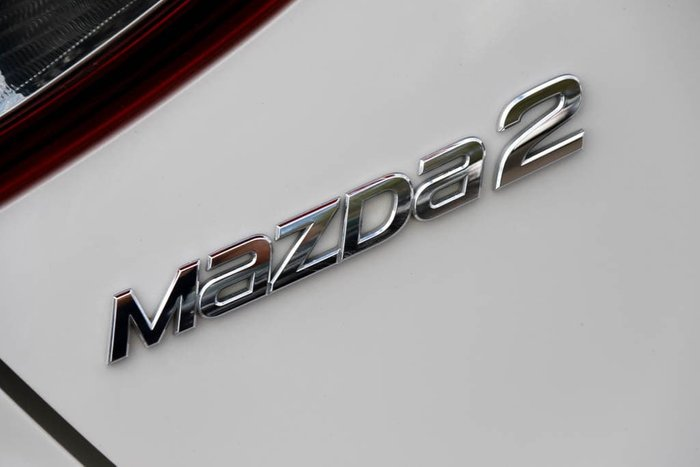 2014 Mazda 2 Genki DJ Series Snowflake White Pearl