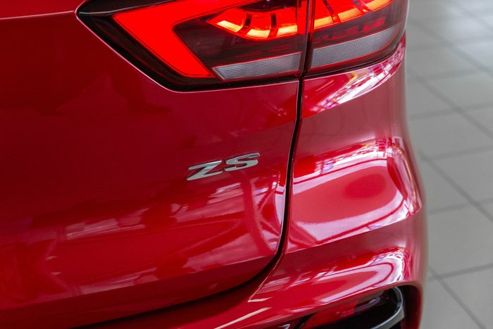 2020 MG ZST Excite MY21 Diamond Red